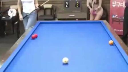 韩国女主播PK开伦台球,水平如何?