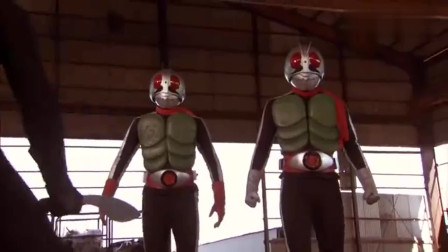 假面骑士:1号和2号霸气回归,还联手电王打败了怪人,保护了孩子们的心灵
