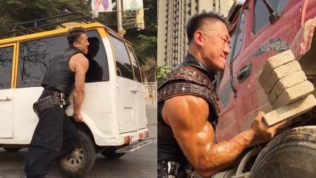 肌肉和力量并存!铁血硬汉小伙超燃肌肉秀,让人荷尔蒙飙升!