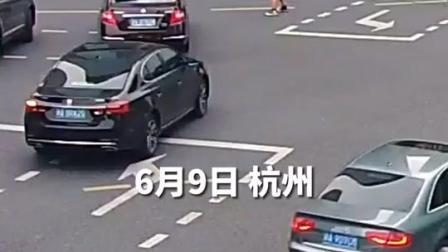 6月8日,杭州街头信号灯失灵,高颜值的#外卖小哥当临时 #美丽杭州美好生活