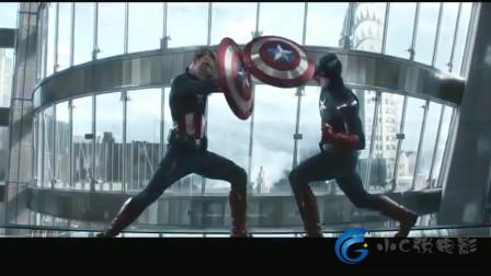 美国队长2:未来和现在的美国队长,一见面就打起来,到底谁更强?