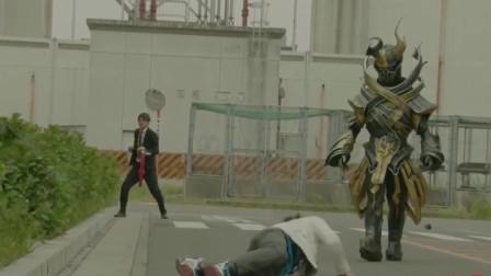 假面骑士:和未来假面骑士Drive合体,对战最终boos的过程