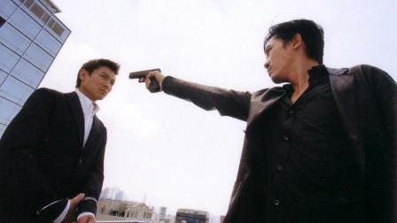黑帮横行的香港电影圈:成龙被赶到美国,演员被逼拍戏拿不到片酬!