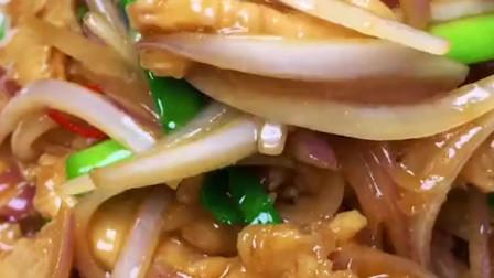 洋葱炒鸡胸肉怎么做好吃?