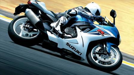 十二星座谁最喜欢骑摩托?爱好自由的射手座自然少不了