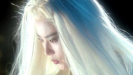 《白发魔女2》新婚之夜,魔女再现,杰为救虞琴身负重伤。武当派除杰与小师弟绿痕之外,亦无人幸免。