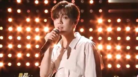 鹿晗和吴亦凡深情合唱《咖啡》,EXO组合再次合体,好听!