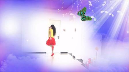 广场舞《红尘蝶恋》,大姐舞姿太好看,展现的淋漓尽致