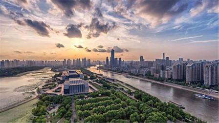 """中国""""最强悍""""省会城市,GDP领先杭州南京,未来是否有望赶超成都"""