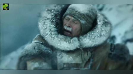 忠诚的雪橇犬在危急时刻奋不顾身救了自己的主人