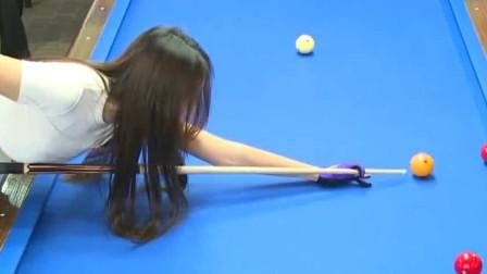 韩国女主播台球对决,论颜值身材可以和潘晓婷一拼了