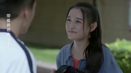 外国女用脏话骂人,以为中国女孩听不懂,不料女孩飚八级英语怒怼