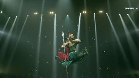 于建伟中国舞演绎关羽,难得一见关羽来个一字马,二次元的碰撞!