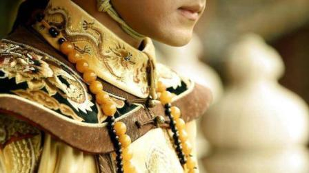 康熙皇帝几岁亲政?共在位多少年?
