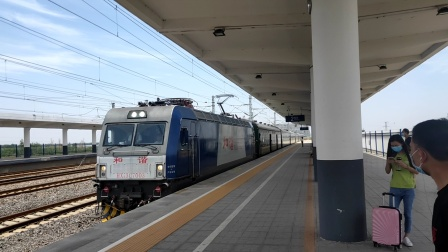 K891次(大同-杭州)山阴站3道停车