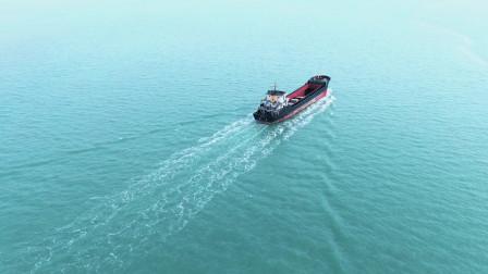 这里是中国丝绸之路福建泉州的起点,曾经的码头如今依然忙碌