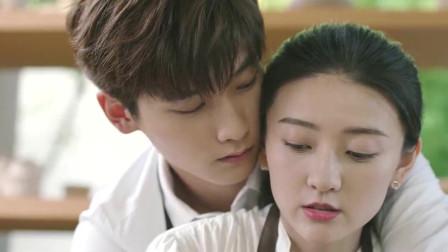 霸道总裁和灰姑娘接吻,两人无法自控,甜炸!