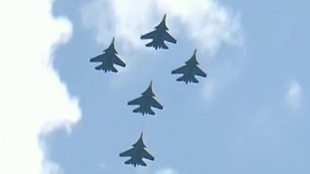 俄举行胜利日阅兵最后一次彩排