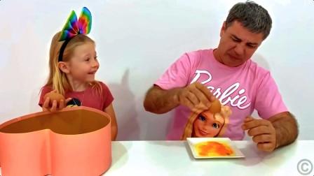 美国儿童时尚,萌宝小萝和爸爸制作蛋糕,造型真好看