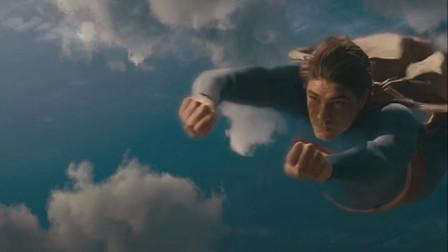 超人归来:飞机失事不要慌,超人随时在身旁!