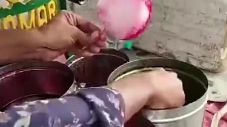 印度手工制作冰淇淋,制作快速,但是你敢吃吗?