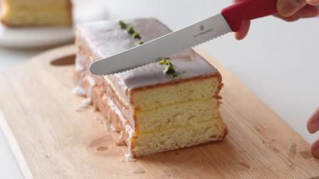 美味的柠檬绵软蛋糕,与众不同的做法,轻松烹饪出正宗柠檬蛋糕