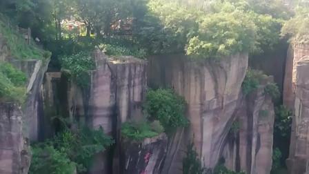一座位于广州的山,别人还以为是在湖南张家界或者哪里地方呢?