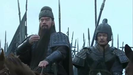 《三国》关羽大战庞德威震华夏,庞德视死如归,抬棺挑战关羽