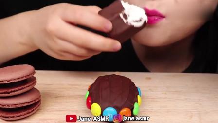 吃播小姐姐,吃播巧克力大派对,马卡龙巧克力雪糕,太美味了