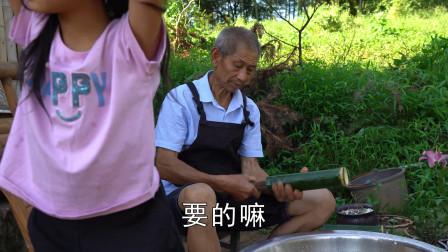 """农村大叔家过端午节,包的粽子很有""""特色"""",传统风俗不能忘"""