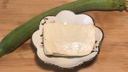 丝瓜和豆腐这样做,即营养又能美白皮肤,还能提神健脑!