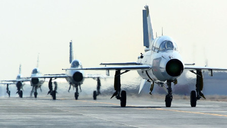 作为中国明星战机,美国也引进了30架,为何服役50多年还不退役?