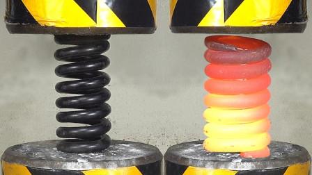 把弹簧放在液压机下,能把它给压变形吗?结果让人意外!