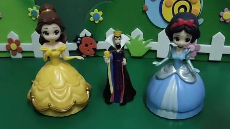 王子要举办舞会了,白雪和贝尔都想去参加,但是她们要完成任务