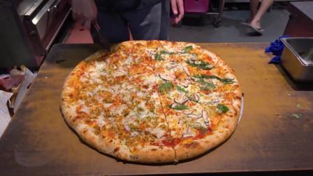 台湾街边的手工披萨,这手艺秒杀印度飞饼,看着就很有食欲