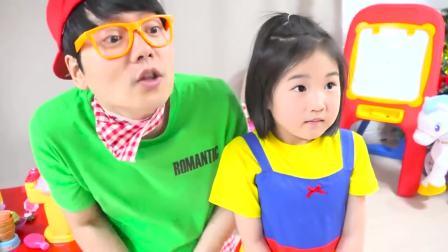 国外儿童时尚!小萝莉和哥哥的卖披萨比赛!一定超有趣