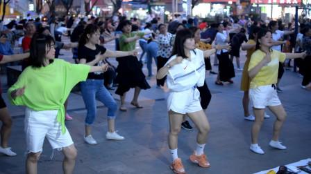 南城星星广场舞,DJ舞《遇不可求》,领域广场