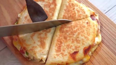 家常披萨的做法,简单又好吃,再也不用去必胜客了