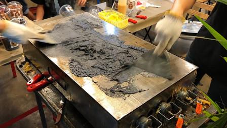 泰国街头爆款煎饼:做法奇特,像桌子那么大!强迫症看的一本满足