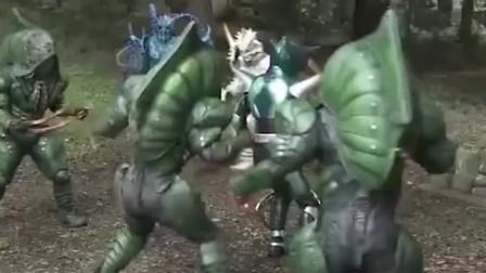 假面骑士:超斗力超强的踢蝗,上了就和天道开打