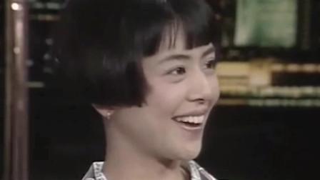 小泉今日子:日本女星参加香港综艺,不料俩主持人全程广东话,她都蒙圈了