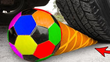 减压实验:牛人把足球、西瓜、史莱姆放在车轮下,好减压,勿模仿