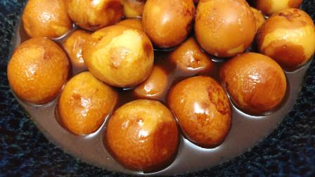 鹌鹑蛋懒人做法,浓香入味,做法简单,孩子吃的香