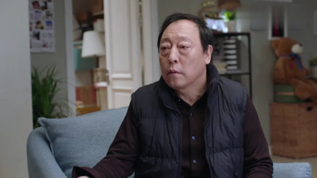 都挺好:苏大强偷听到苏明成和朱丽的争吵,苏明成怪父亲记账