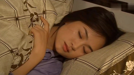 王小理晚上特意喷了香水,丈夫对她无动于衷