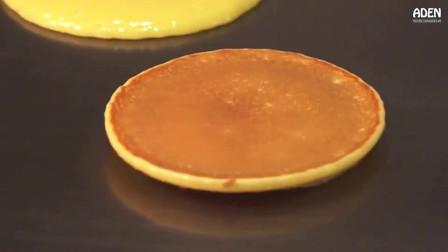 还记得铜锣烧么 日本东京大厨现场料理精致甜品