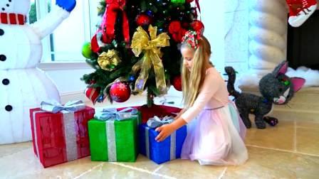 美国儿童时尚,爸爸和萌娃一起为圣诞节准备礼物,多么开心呢