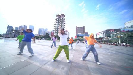 郑州二七广场街舞秀,皇后舞蹈2020暑期班,爵士舞街舞暑假培训学校