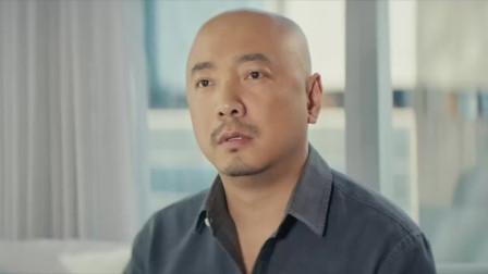 港囧:徐峥接受采访,摄影机却意外记录了罪现场,太刺激