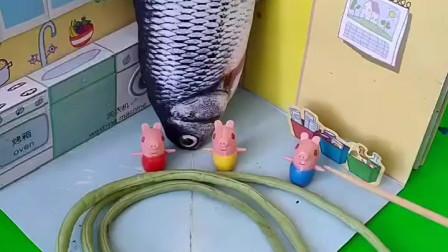 小猪们都被吓着了,乔治佩奇也很害怕,结果是他们误会了